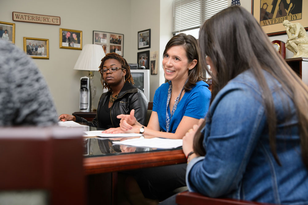 A human development and family studies counseling session led by Linda Halgunseth at the Waterbury campus