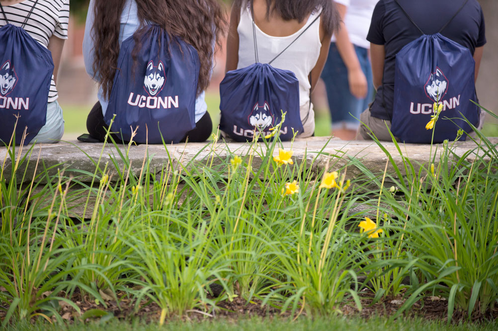 Students with UConn pride